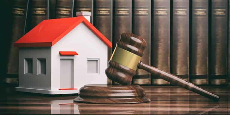 наложить арест на квартиру при разделе имущества